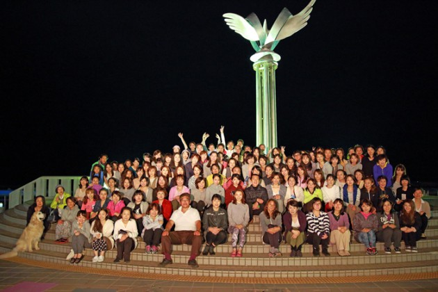 14.10.8皆既月食 MOONLIGHT & SUNRISE YOGA 2014 in ATAMI②