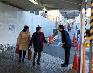 14.12.19JR熱海駅前での早朝活動②