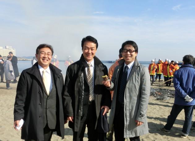 13.1.13 熱海サンビーチどんどん焼き①