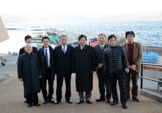 14.1.19川勝知事初島へ⑦