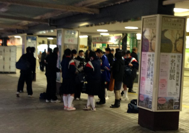14.2.6JR熱海駅前①